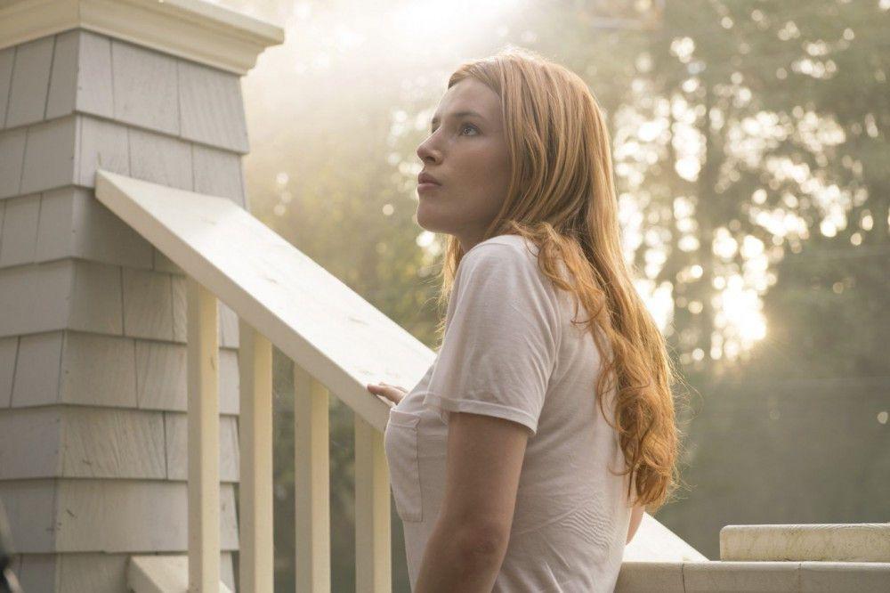 Genau das sollte nicht passieren: Katie (Bella Thorne) wird von einem Sonnenstrahl erwischt.