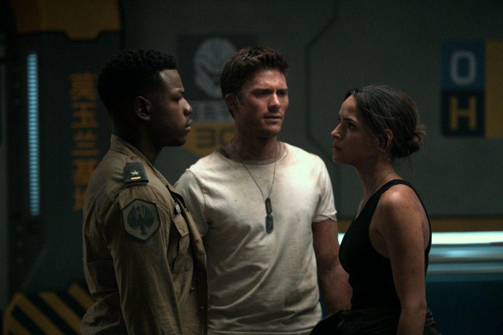 Sie müssen sich erst zusammenraufen: Jake (John Boyega, von links), Lambert (Scott Eastwood) und Amara (Cailee Spaeny), die alle die Monster besiegen wollen.