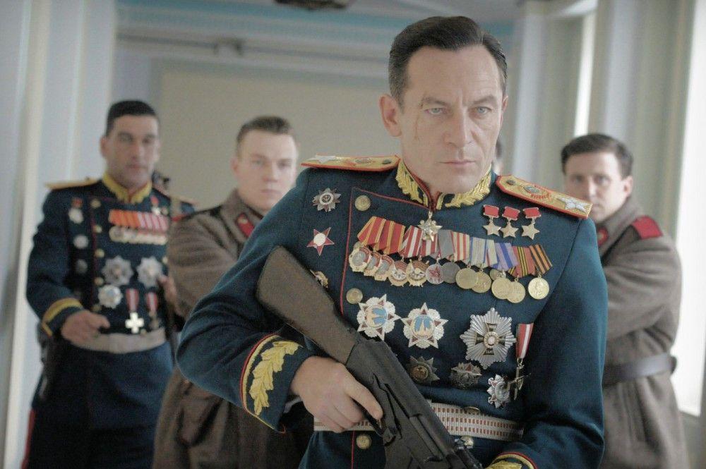 General Schukow (Jason Isaacs) prescht voran - irgendjemand muss die Dinge ja in die Hand nehmen.