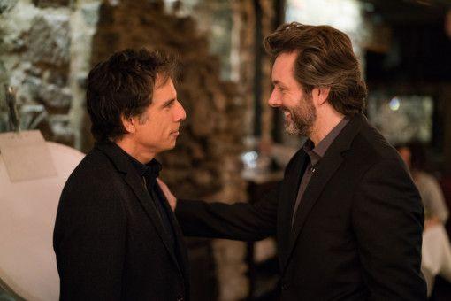 Allen anderen scheint es besser als Brad (Ben Stiller, links) zu gehen, darunter auch Autor Craig (Martin Sheen).