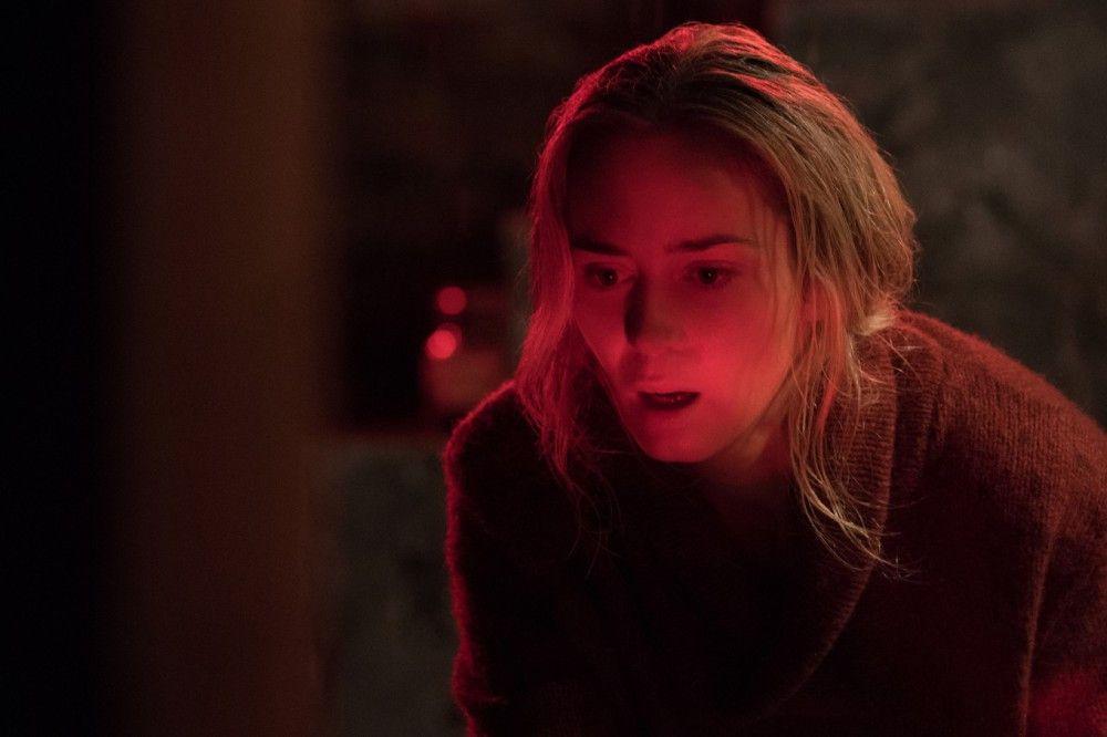 Evelyn (Emily Blunt) und ihre Familie dürfen keinen Laut von sich geben, wenn sie nicht von den blinden, aber ziemlich gut hörenden Monstern gefunden werden wollen.