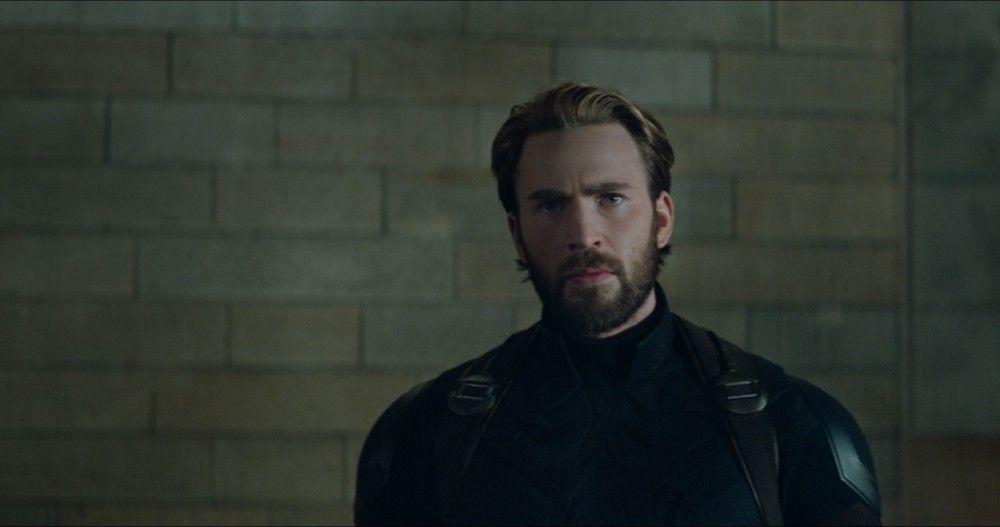 Captain America (Chris Evans) scheint gerade überhaupt keinen Bock auf die Rettung der Welt zu haben.
