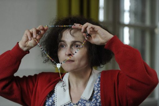 Dass sie vielen anderen Menschen helfen kann, wenn sie ihren Fall gewinnt, macht Eleanor (Helena Bonham Carter) stolz.