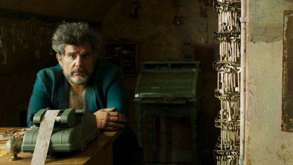 Hotelchef Horster (Bruno Cathomas) ist depressiv - und noch viel mehr ...