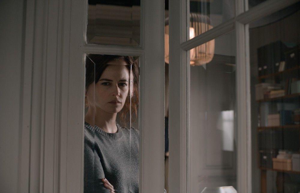 Die dubiose Elle (Eva Green) gibt nur wenig von sich preis.