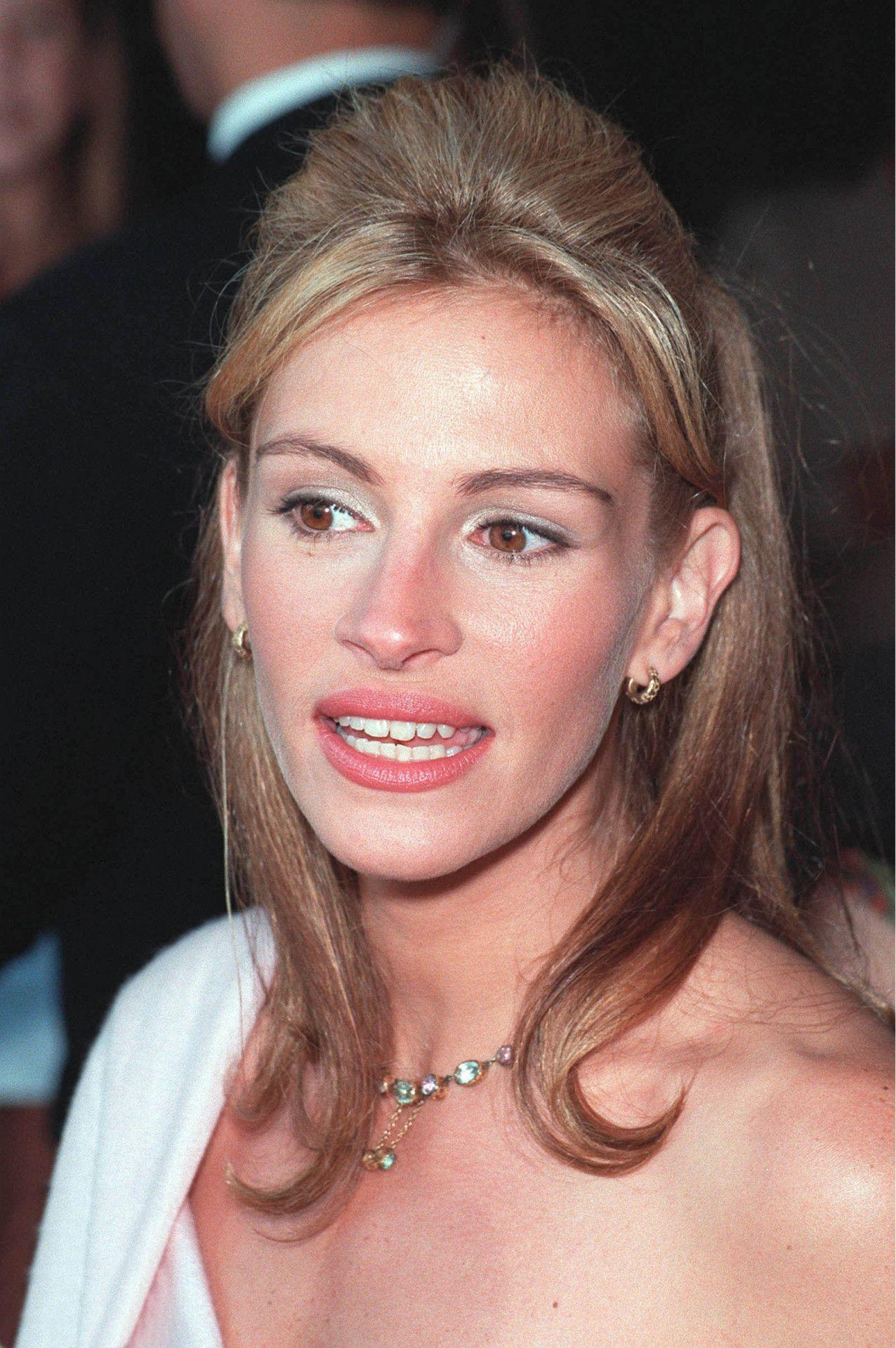 """Ihren Durchbruch hatte Roberts mit der Rolle der Prostituierten Vivian in """"Pretty Woman"""", für die sie eine Gage von 300.000 US-Dollar erhielt."""