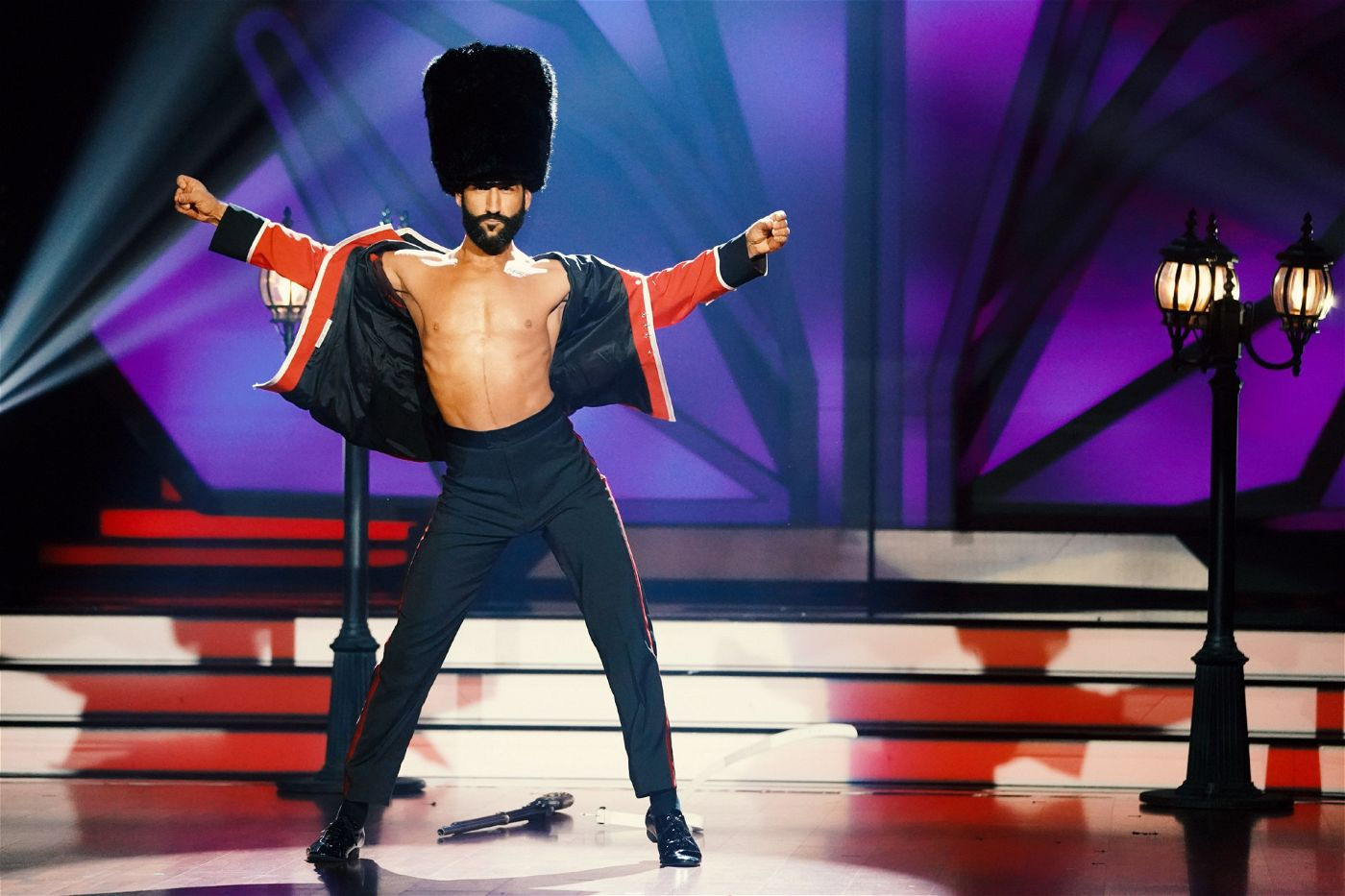 """<p>Alle Infos zu """"Let's Dance"""" im Special bei <a href=""""http://www.rtl.de/cms/sendungen/lets-dance.html"""" target=""""_blank"""" rel=""""nofollow"""">RTL.de</a>.</p>"""