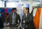 Partner: Juniorchef Ragdan (Nikesh Patel) lernt von seinem älteren Vorgesetzten (Colm Meaney, rechts).