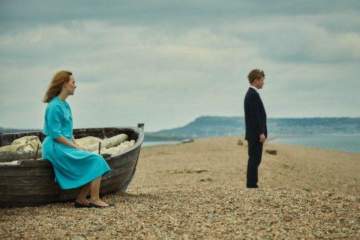 Edward (Billy Howle) ist schockiert, als Florence (Saoirse Ronan) ihm nach der Hochzeit eröffnet, dass sie an Sex keinerlei Interesse hat.