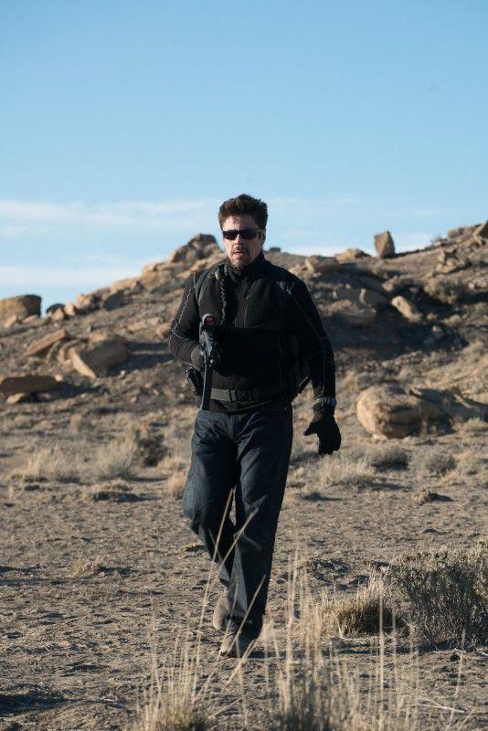 Alejandro (Benicio del Toro) ist ein skrupelloser Söldner.