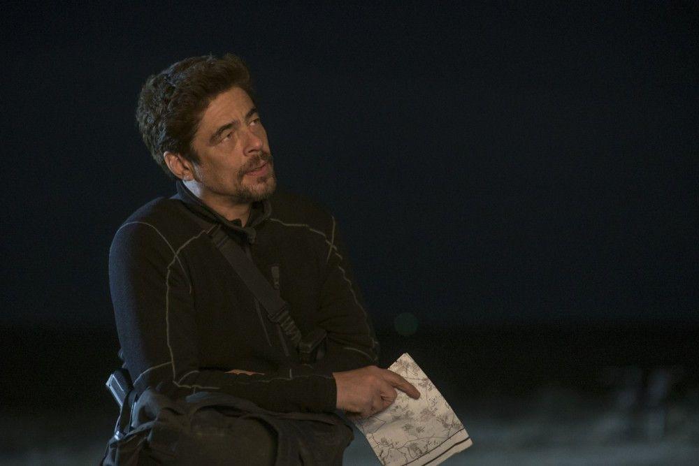 Alejandro Gillick (Benicio del Toro)