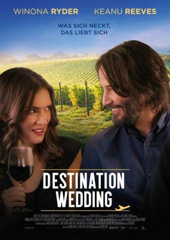 """Winona Ryder und Keanu Reeves feiern Wiedersehen bei einer """"Destination Wedding"""". Sie mögen dabei keinen Spaß haben, unterhaltsam ist die unromantische Komödie schon."""