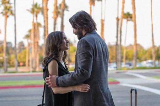 Wird man sich am Ende gar doch noch sympathisch? Frank (Keanu Reeves) und Lindsay (Winona Ryder) kommen sich ziemlich nahe.