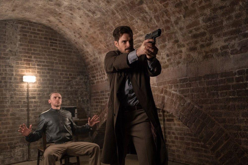 Was führt August Walker (Henry Cavill, rechts, mit Simon Pegg) im Schilde?