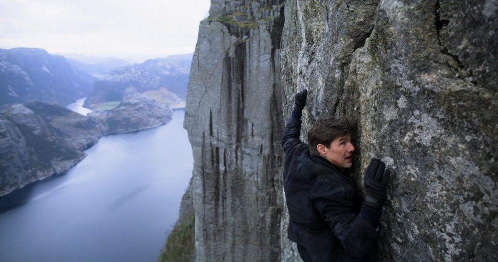 Auch an der Felswand klettern ist für Ethan Hunt (Tom Cruise) natürlich kein Problem.