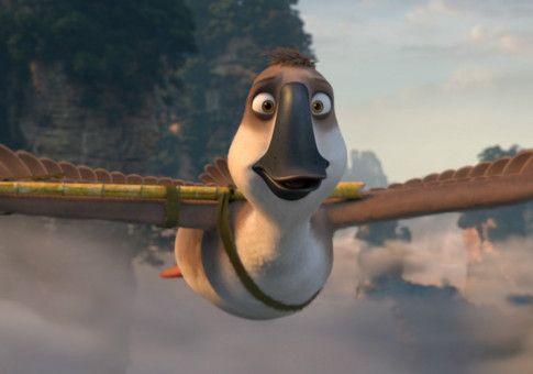 Wegen seines tollkühnen Verhaltens hat sich Peng einen Flügel gebrochen und kann zunächst nicht mehr fliegen.