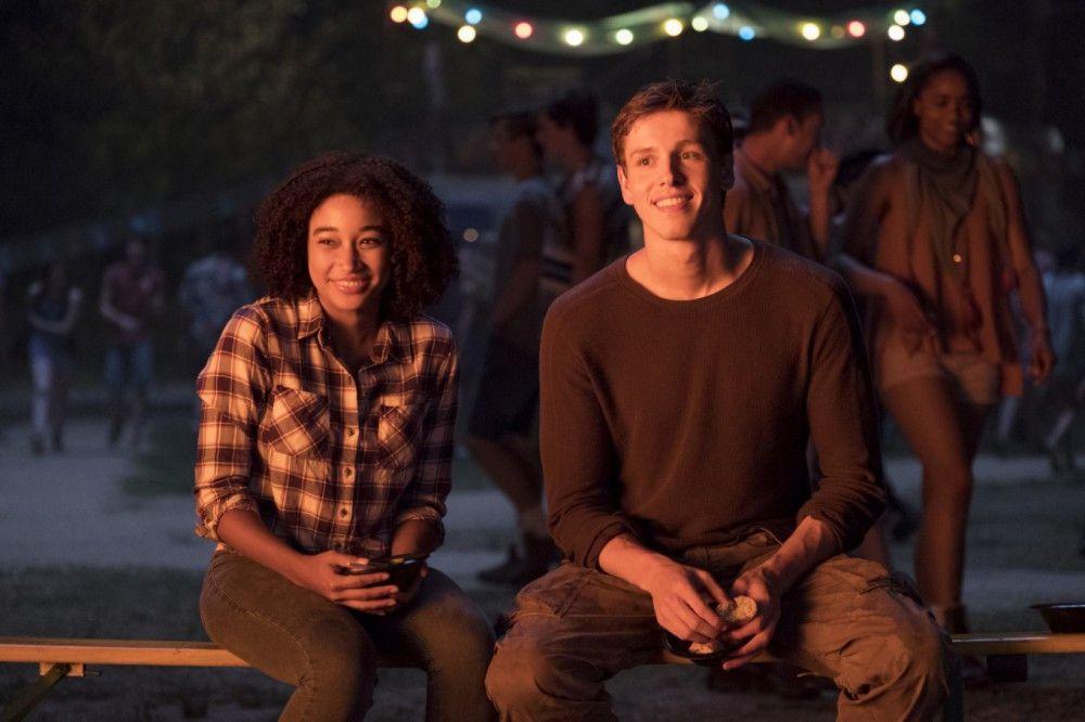 Ruby (Amandla Stenberg) und Liam (Harris Dickinson) wollen endlich in Frieden leben.
