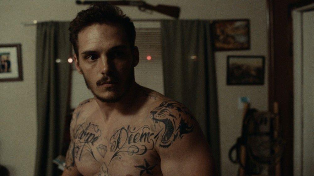 Für seine körperlichen Schmerzen bekommt Gabriel (Eric Hunter) Tabletten, für seine verletzte Seele gibt es kaum Heilung.