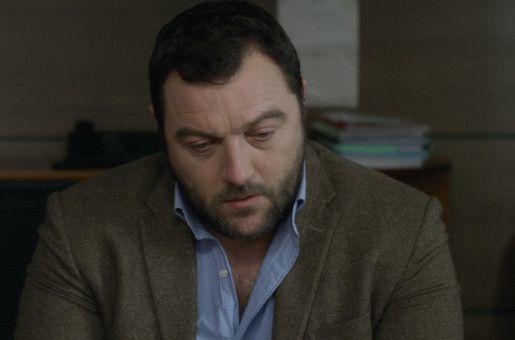 Antoine (Denis Ménochet) wird vom Gericht ein Besuchsrecht zugesprochen.