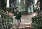 Eleanor (Michelle Yeoh) will für ihren Sohn Nick nur eine standesgemäße Frau.