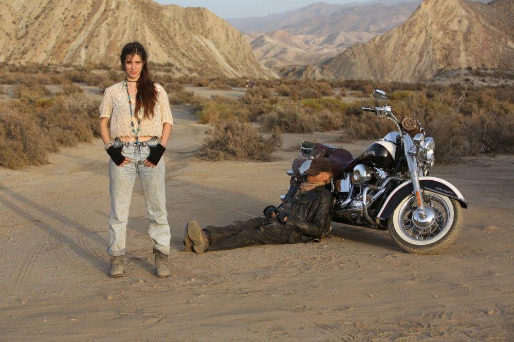 Der Roadtrip bringt sie einander näher: Lucia (Veronica Bitto) und Thomas (Terence Hill).