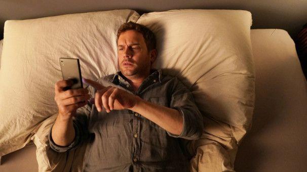 Auch Life (Sebastian Bezzel) sucht die Liebe.