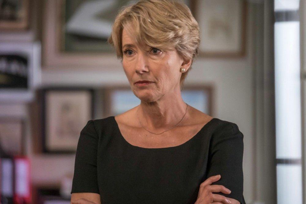Dass sie aufgrund ihres Arbeitspensums verlassen wird, erschüttert auch die eigentlich unerschütterliche Fiona (Emma Thompson).