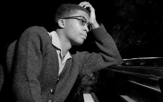 """Herbie Hancock am Klavier: Der Musiker veröffentlichte sein Debütalbum """"Takin' Off"""" bei Blue Note Records."""