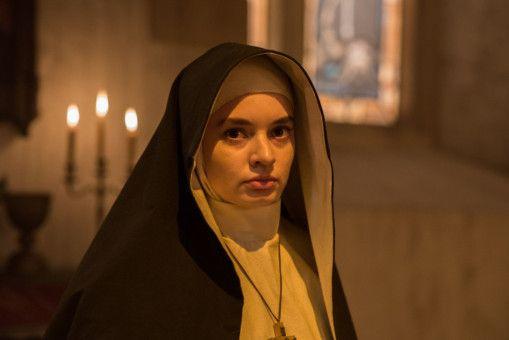 "Motiv aus ""The Nun"""