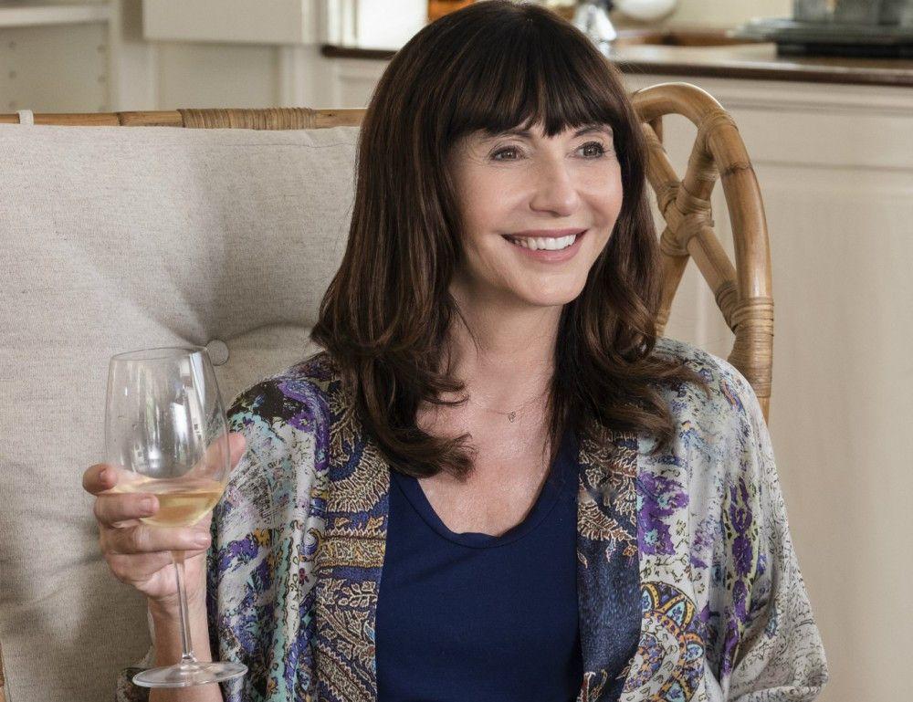 Carol (Mary Steenburgen) führt eine routinierte Ehe mit Bruce. Sein Eintritt in die Rente stellt sie allerdings vor neue Herausforderungen.