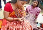Umweltschonende Produktion: Kantha-Stickerinnen in Indien.