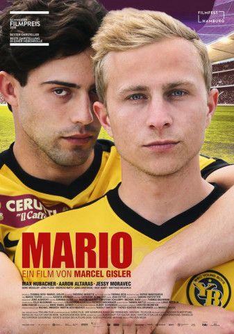 Fußballer Mario (Max Hubacher) ist zum ersten Mal verknallt - in seinen Team-Kollegen.
