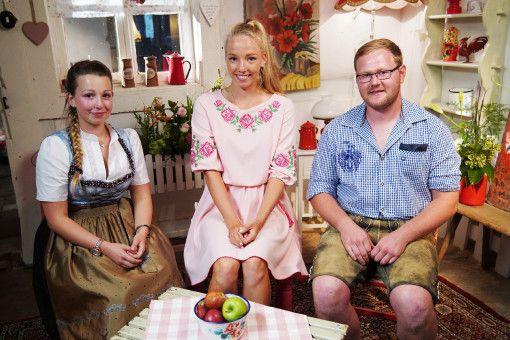 Jungbauer Matthias mit Tayisiya und Laura Martina.