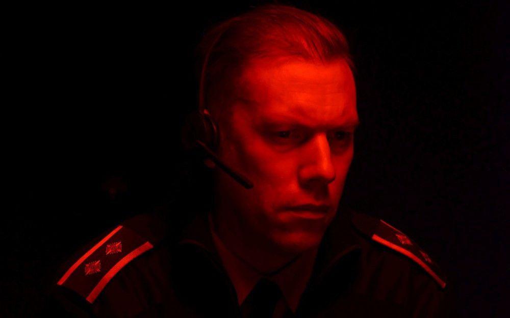 Hauptdarsteller Jakob Cedergren schultert den Film quasi im Alleingang und bringt die zunehmend hervorbrechende Verzweiflung eindringlich zum Ausdruck.