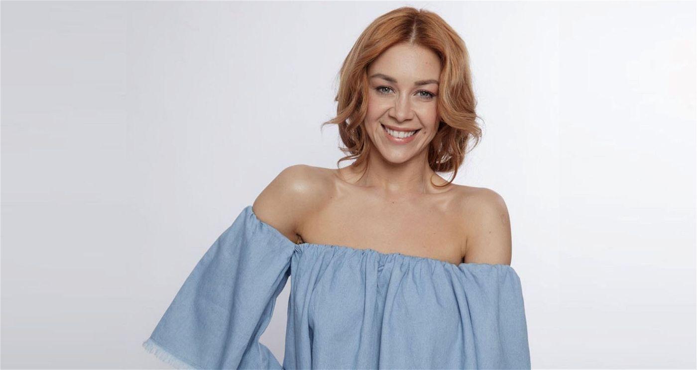 """Oana Nechiti hat mit Singen eigentlich nichts zu tun. Die aus der RTL-Show """"Let's Dance"""" bekannte Profi-Tänzerin soll vor allem Ausdruck und Performance bewerten."""