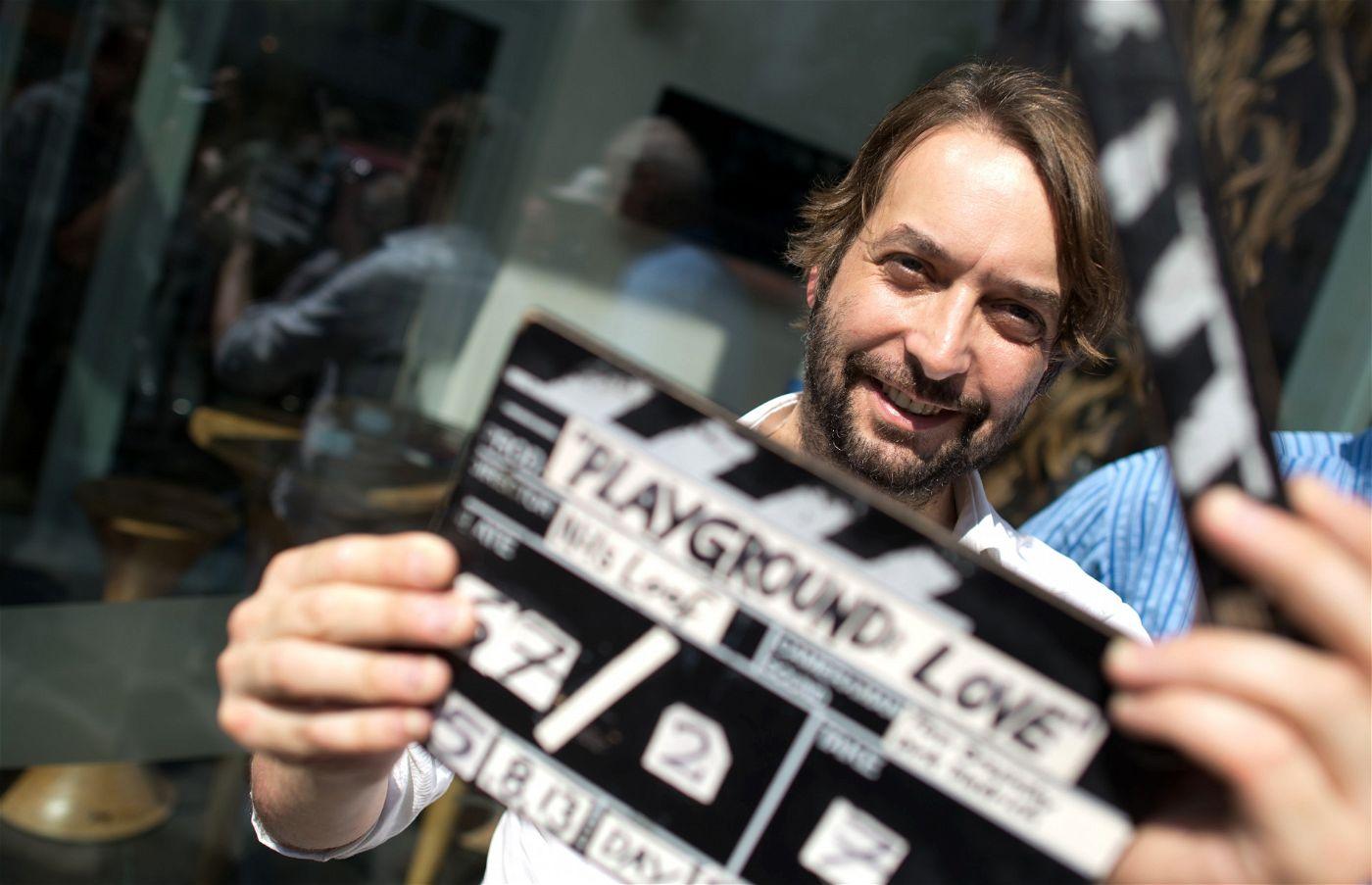 """Sinn für das Übersinnliche: Regisseur Nils Loof inszenierte mit """"Jenseits des Spiegels"""" einen packenden Mystery-Thriller."""