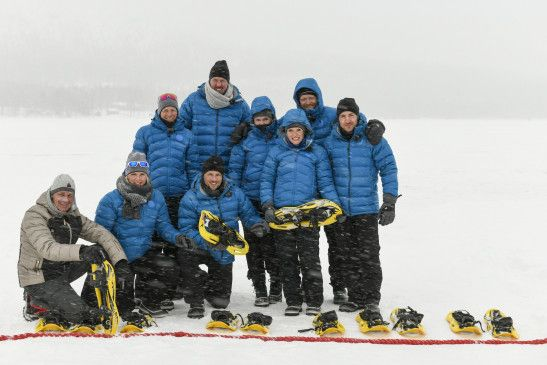 """In einem Winter-Special der VOX-Sendung """"Ewige Helden"""" müssen die Ex-Sportler erstmals Wettkämpfe im Schnee absolvieren. Das sind die acht Teilnehmer."""