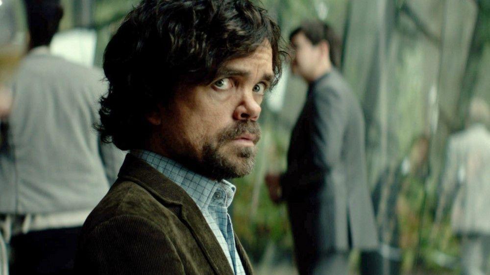 Sam (Peter Dinklage) macht sich auch auf die Suche nach dem Mörder des Wissenschaftlers Gordon Dunn.