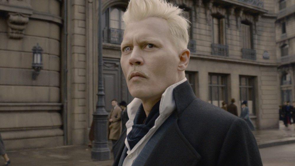 Der mächtige Dunkle Zauberer Gellert Grindelwald (Johnny Depp) konnte aus dem Gewahrsam entkommen.