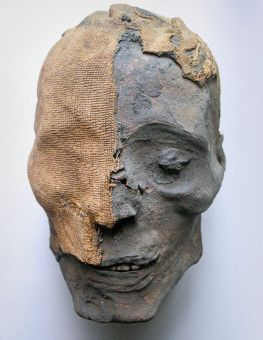 Ein Mumienkopf.