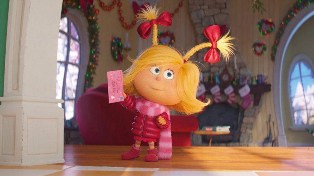 Das gutgläubige kleine Who-Mädchen Cindy-Lou schafft es auch im Remake, das Herz des Grinchs zu erwärmen.