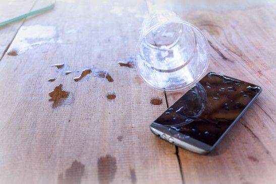 Wenn das Handy nass wird, muss man es trotzdem nicht gleich wegschmeißen.