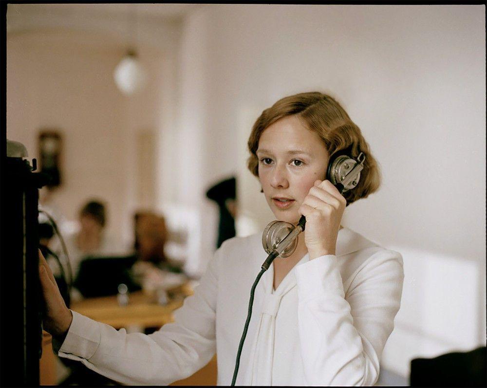 Alba August spielt die junge Astrid Lindgren. Für die Rolle wurde sie von der Jury der European Film Promotion für den Shooting Star nominiert.