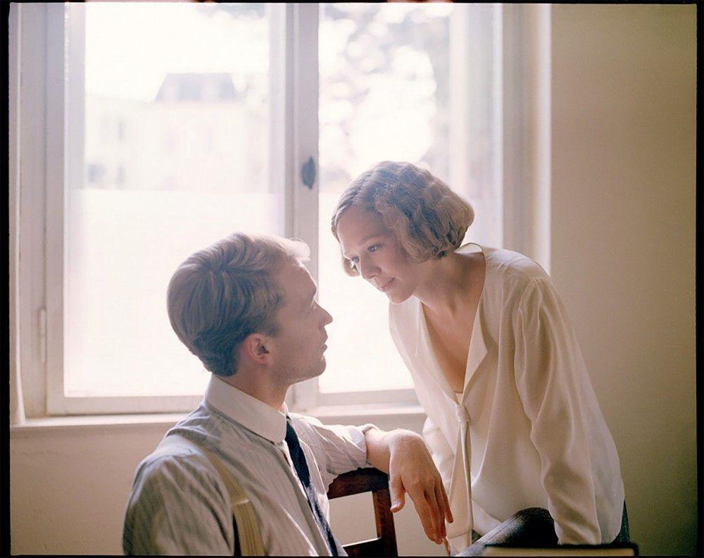 Astrid (Alba August) lässt sich auf eine Beziehung mit ihrem Chef Sture Lindgren (Björn Gustafsson) ein.
