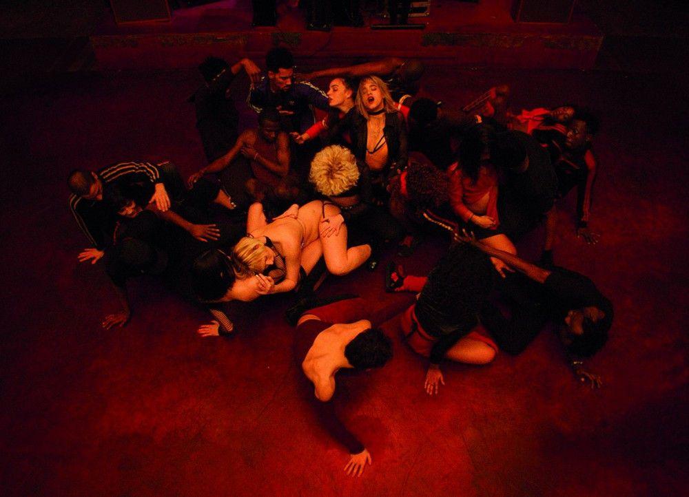 """Die ausgeklügelten, pulsierenden Tanz-Choreografien in """"Climax"""" entfalten eine enorme Wucht."""