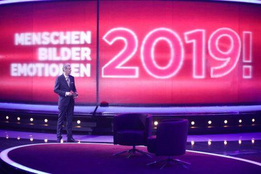 """Günter Jauch gibt mit """"2019! Menschen, Bilder, Emotionen"""" den Startschuss in die Saison der Jahresrückblicke."""