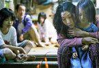 Yuri (Miyu Sasaki) erfährt von den Shibatas die Zärtlichkeit, die sie sonst nie bekam.