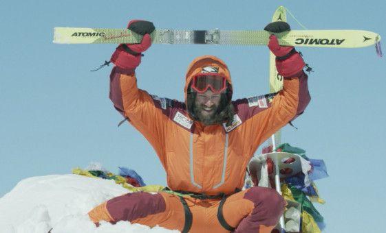 Oben angekommen: 1996 erklimmt Hans Kammerlander (Michael Kuglitsch) den Gipfel des Mount Everest.