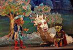 """""""Die unendliche Geschichte"""" wird im Düsseldorfer Marionetten-Theater gespielt."""