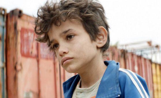 Zain (Zain Al Rafeea) verklagt vor Gericht seine Eltern, weil sie nicht für ihn sorgen können.